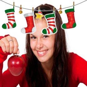 Bilderrahmen mit Weihnachten Herd Stil Dekoration mit Weihnachtssocken.