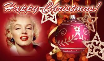 Post zu Weihnachten mit HAPPY CHRISTMAS Text und roten Hintergrund mit einer Weihnachtskugel gratulieren. Legen Sie Ihr Foto im Hintergrund.