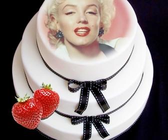 Fotomontage, um Ihr Gesicht auf einer Fondant-Kuchen mit Erdbeeren setzen.
