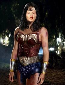 Fotomontage in Wonder Woman werden Sie Ihr Foto hochladen
