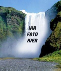 Fotomontage mit einem Wasserfall in der Mitte eines grünen Berg, um ein Bild kostenlos online stellen