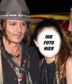 Fotomontage mit Johnny Depp, um ein Bild mit ihm zu bekommen und schreiben einen Text über ihn online