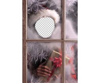montage von santa claus ein geschenk machen photoeffekte. Black Bedroom Furniture Sets. Home Design Ideas